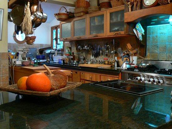 Phyllis' Kitchen