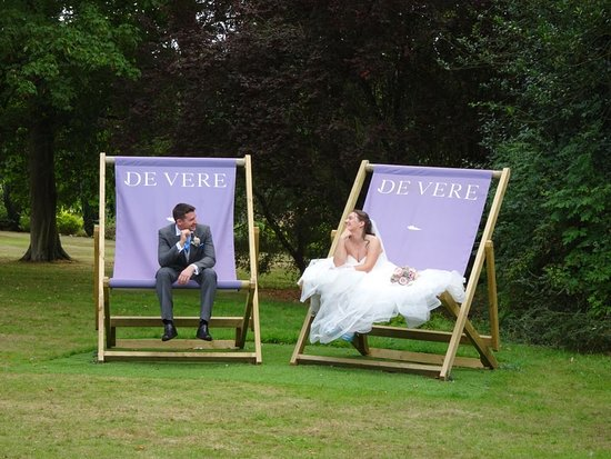 Little Horwood, UK: Having fun in the large deck chairs