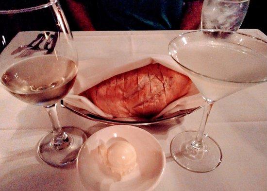 Saint Martin's Wine Bistro: wine, martini, and French bread basket