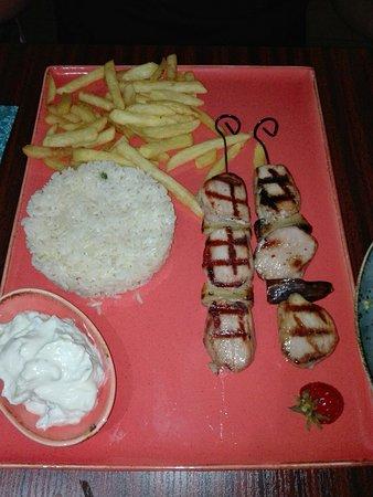 Akropolis Restaurant: IMG_20180820_194648_large.jpg