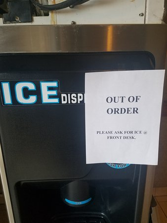 Only one ice dispenser on ground floor was out of order
