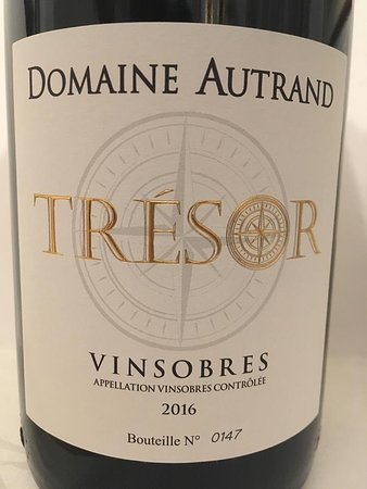 Vinsobres, Frankrike: Fantastic Special Edition Bottle of Tresor