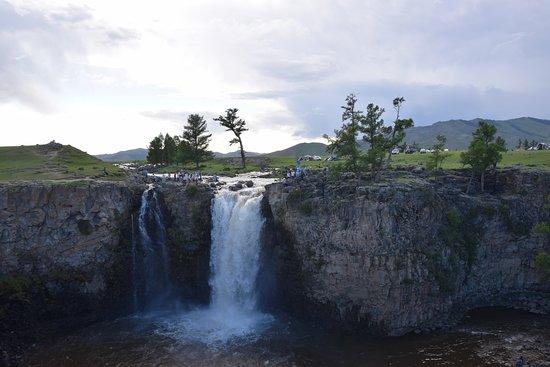Arkhangai Province, มองโกเลีย: De watervallen