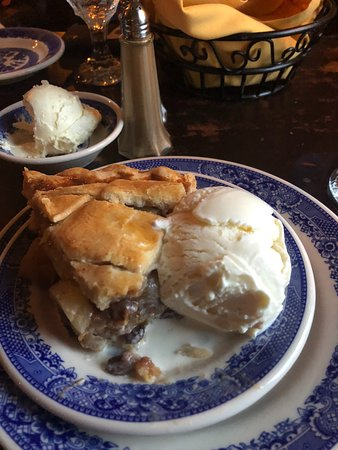 apple pie, house made
