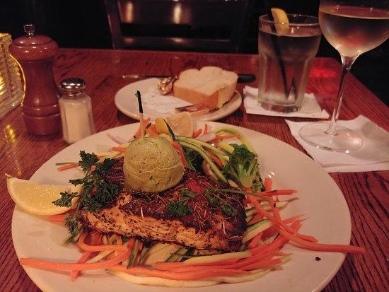 Skip's: Herbed salmon