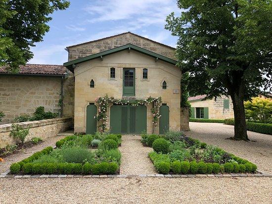 Margaux, Frankreich: The herb garden