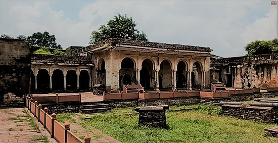 Shivpuri, Indien: Kachahari Mahal