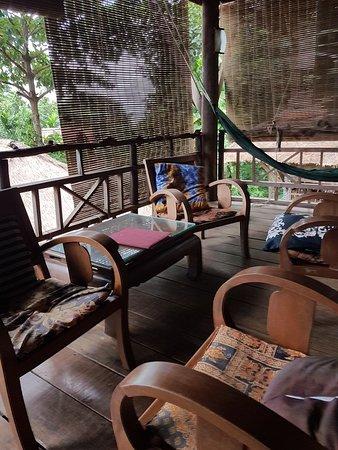 Le Bout du Monde - Khmer Lodge: 20180818_085104_large.jpg