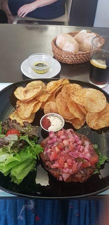 BUGO Art Burgers: Menu almoço