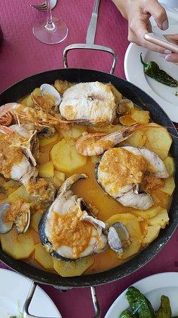 Bares, Испания: Cazuela de pescado