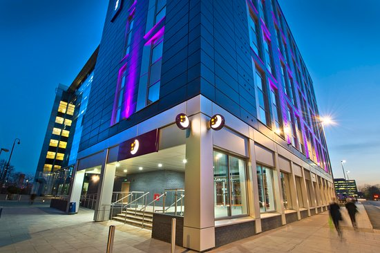 Premier Inn Leeds City Centre (Whitehall Road) hotel