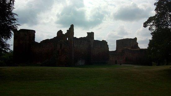 Bothwell Castle: IMG_20180713_154301_large.jpg
