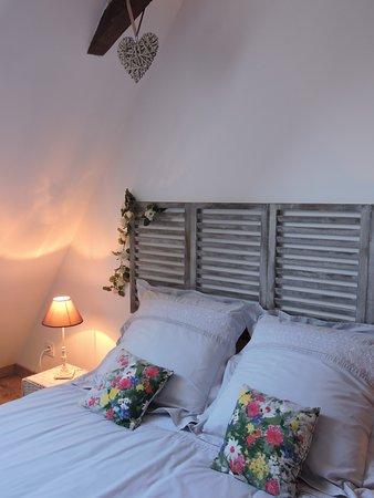 Rebenacq, France: La chambre MARROUS