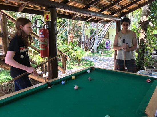Ibiraquera: A mesa de sinuca é péssima!!! Uma vergonha!