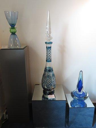 Vledder, Nederland: Drie glazen voorwerpen