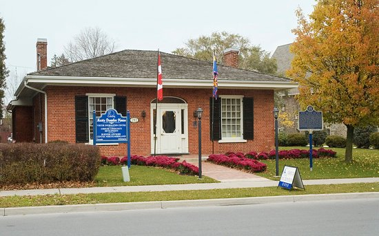 Cobourg, Canada: Birthplace of Marie Dressler and home of the updated, interactive Marie Dressler Museum