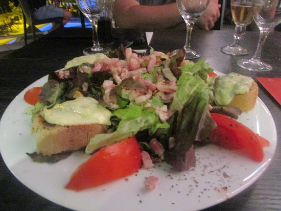 L'Etrat, Γαλλία: Salade du FOREZ