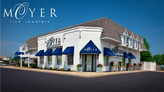 Carmel, IN: Moyer Fine Jewelers Store