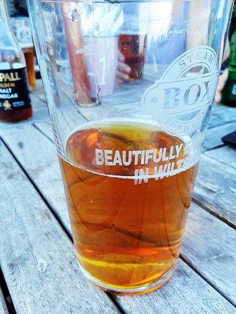 Holt, UK: Steam Box Brewery Pint