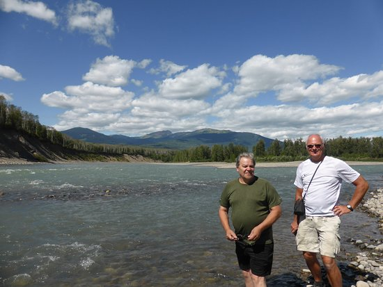 The Bulkley Valley Motel: Howard (left) as our travel guide