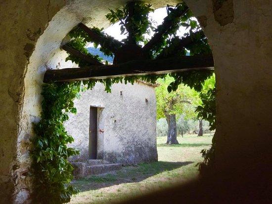 Alcara li Fusi, Italy: la foto si commenta da solo