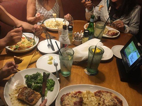 Olive Garden: salmão, massas, camarão, agua da casa (sem custo)