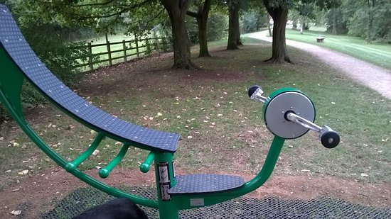 Brackley, UK: One of the many exercise machines around the area...all sturdy and useable...