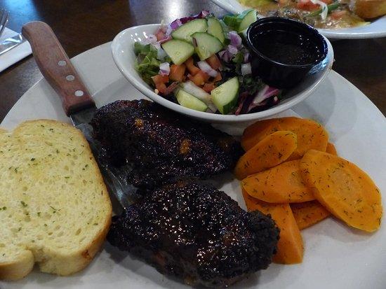O'Shea's Eatery And Ale House: Blackened mango chicken