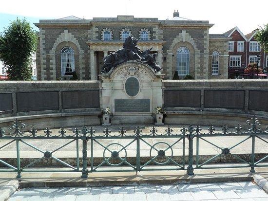 War Memorial Salisbury