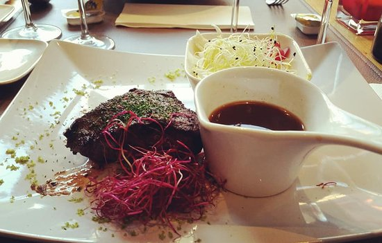Duffel, Belgium: paarden steak