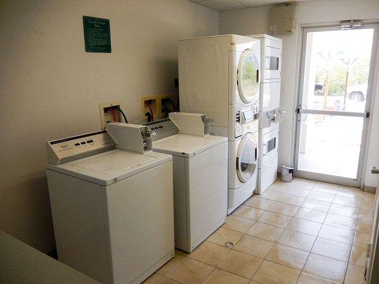Ingleside, تكساس: laundry