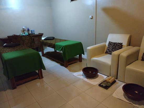 Peliatan, Indonesien: Homey,  private space for massage
