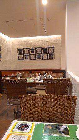 Lemon Tree Hotel, East Delhi Mall, Kaushambi Photo