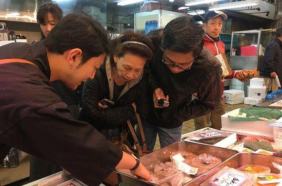 Supreme Sushi Breakfast and Special Access at Sapporo Fish Market: Sushi Mafia Sapporo Breakfast Tour