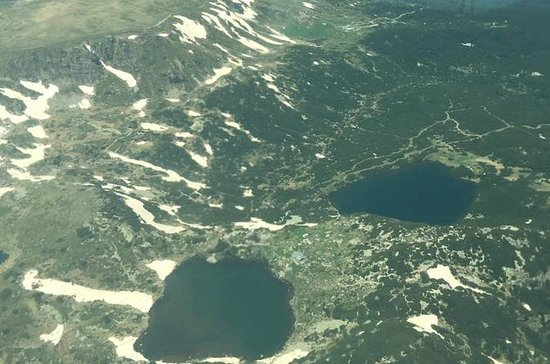 セブンリラ湖とリラ修道院のフライトツアー