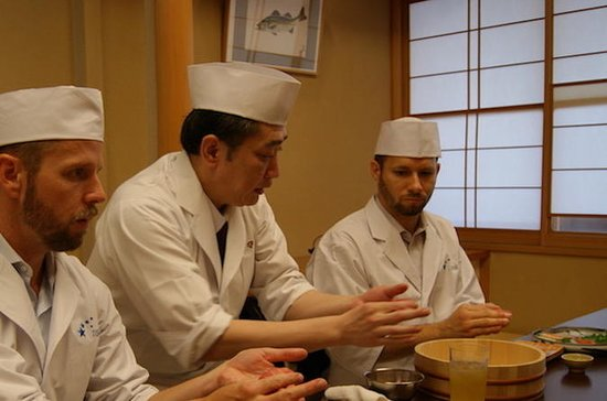 Private Sushi Making Class and Lunch in Ginza