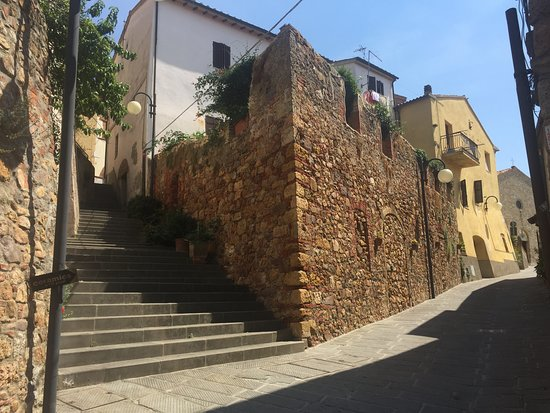 Montepescali Photo