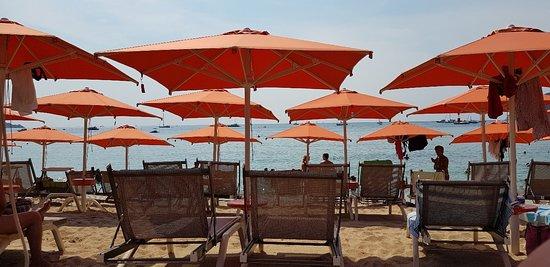 Quanto Costa Un Ombrellone.Stabilimento Balneare Tropical Marina Di Campo Ristorante