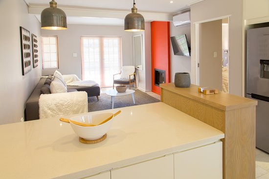 Aloe One Bedroom Apartment Open Plan Kitchen And Lounge Area Picture Of Lauradale Accommodation Vlottenburg Tripadvisor
