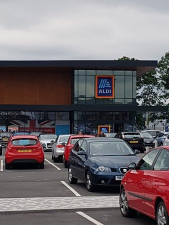 St. James Retail Park