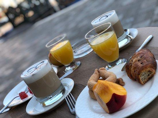 Hotel Antiche Figure: breakfast!!