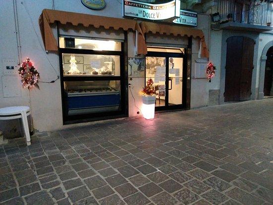 Atessa, Italy: Corso Vittorio Emanuele II