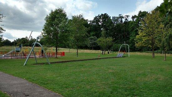 Tudor Grange Park: IMG_20180823_121131066_HDR_large.jpg
