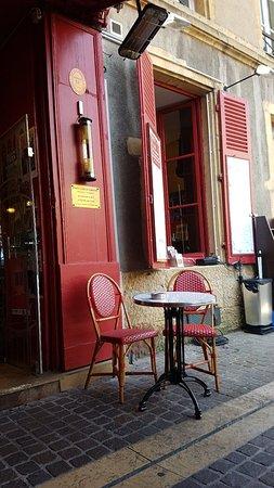 La cave des trappistes metz restaurantbeoordelingen tripadvisor - Restaurants place de chambre metz ...