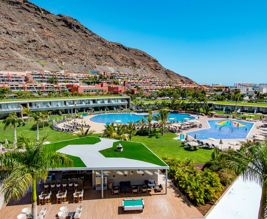 The Superior Room with Pool View at the Radisson Blu Resort & Spa, Gran Canaria, Mogan