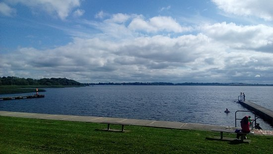 Portumna Forest Park: vista del lago