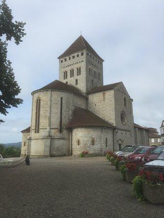 Sauveterre-de-Bearn, France: L'église