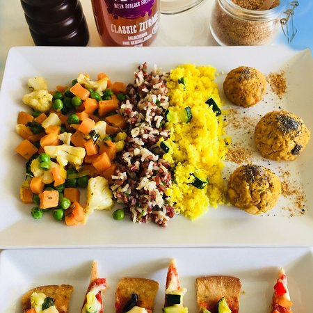 SmileS - organic veg&raw cuisine to go