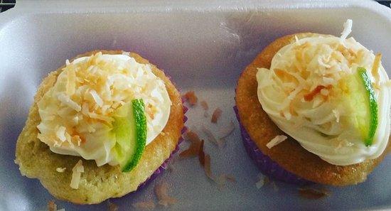 Alto Boquete, Panama : Coconut Lime cupcakes