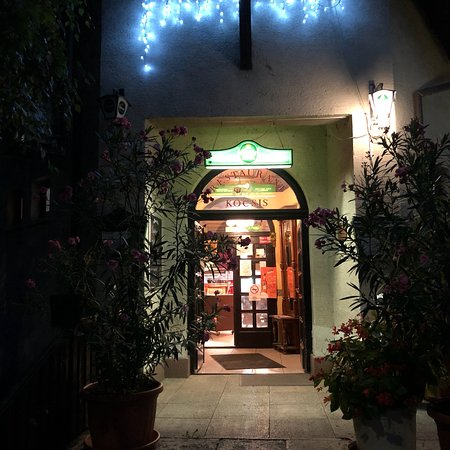 Komarom, Hungary: A very good place to eat and drink . Not fancy but really good traditional food.